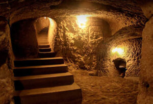 The underground city of Ouyi in Kashan 7