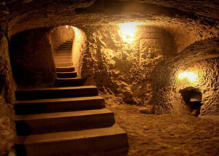The underground city of Ouyi in Kashan