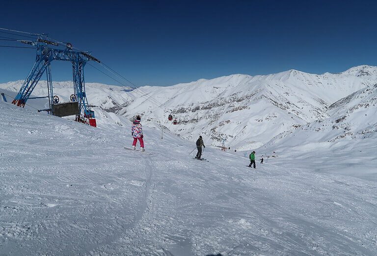 Why do people choose Iran for skiing 7