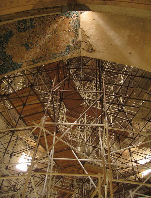 Scaffoldings in the Soltaniyeh Dome