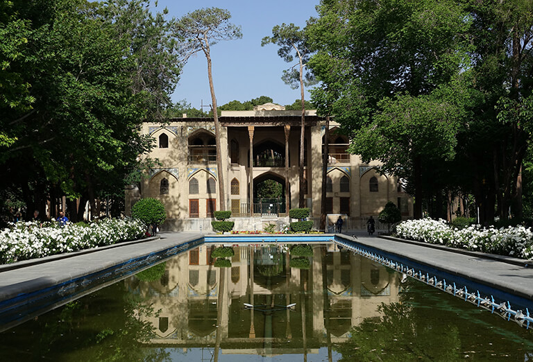 Best time to travel to Isfahan - Hasht Behesht Garden, Isfahan